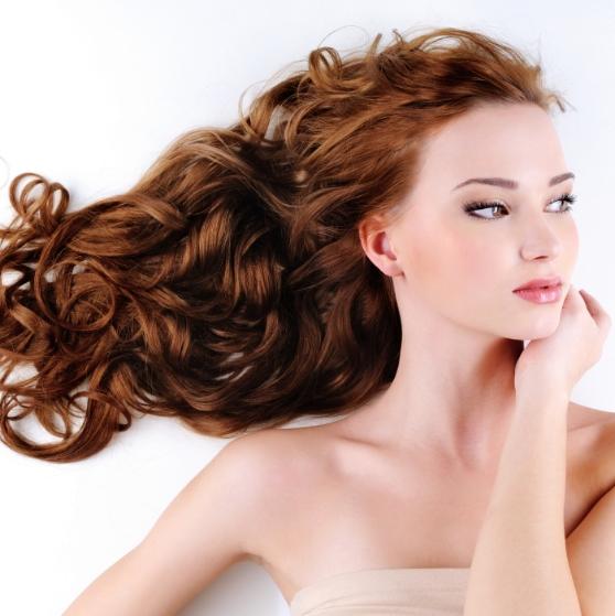 もう髪を傷めない!時短・簡単・キレイな外国人のようなラフ巻きカールの作り方