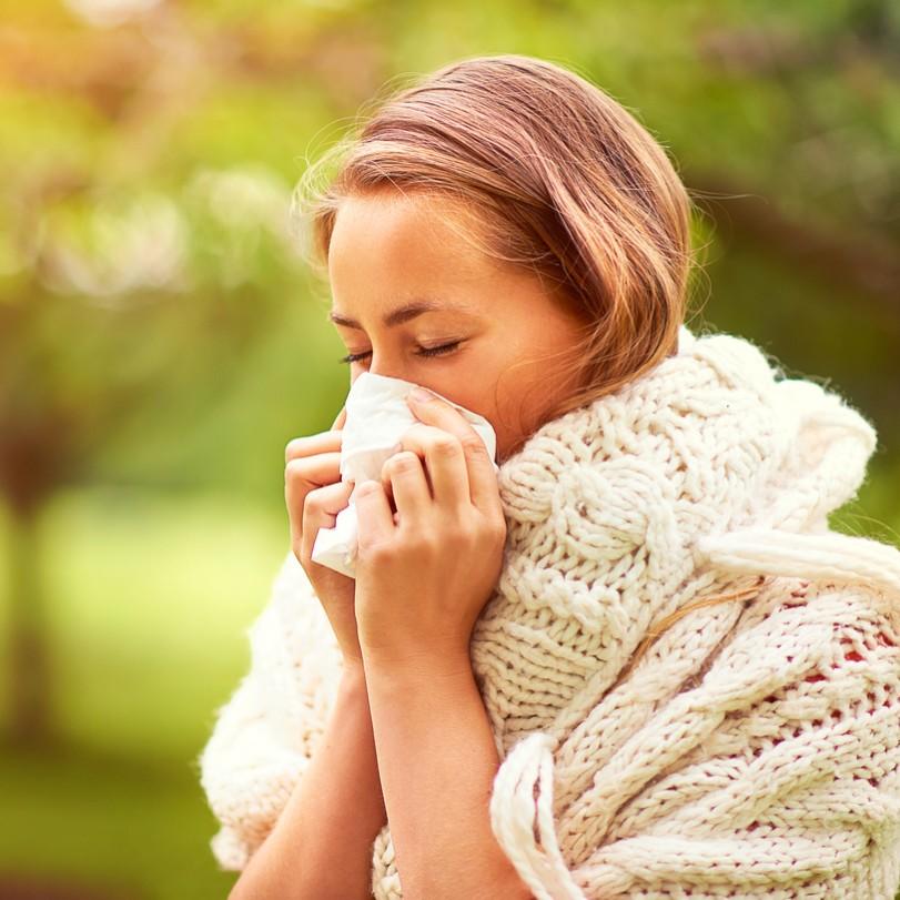 花粉症の方必見!外的刺激からお肌を守ってくれるベースメイクアイテム4選