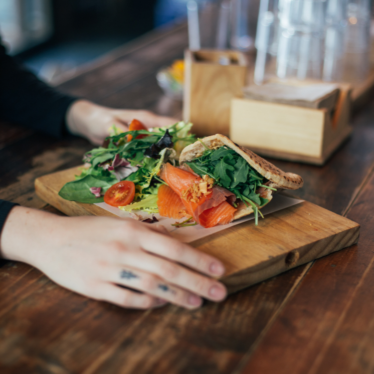 生理周期を味方に!正しく食材を選び、痩せる体を目指しましょう