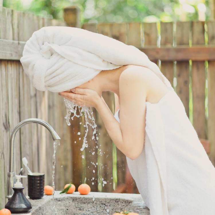 洗顔を極める!美肌づくりに欠かせない落とすケアの見直しを