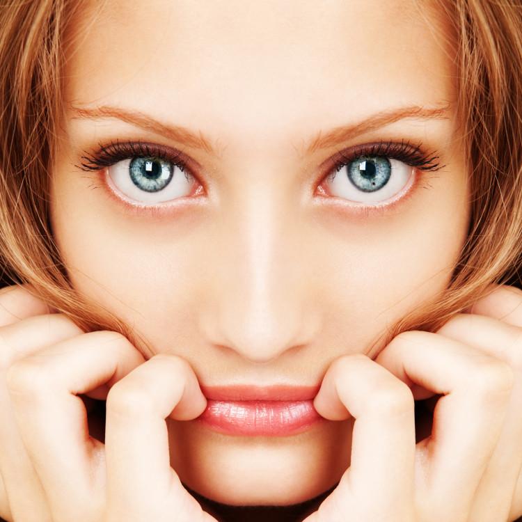 目から日焼けするって知ってた?目の紫外線対策で美肌を守ろう