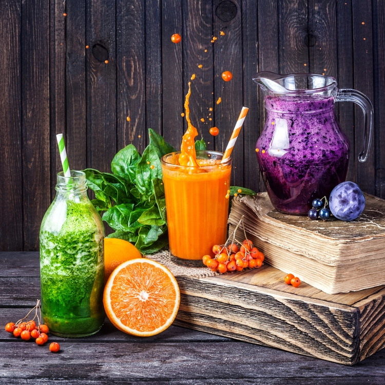 濃縮還元、ストレート…100%ジュースにも種類がある!?健康・美容に良いのはどれ?