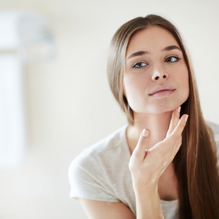 適切なケアをするために…。セルフ肌診断の仕方とタイプ別スキンケア方法!
