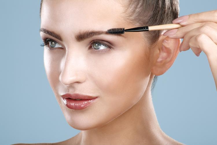 眉毛を上手に描きたい!アイブロウのテクニック