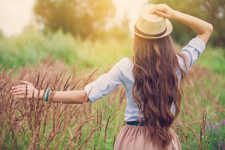 髪や頭皮を紫外線から守る