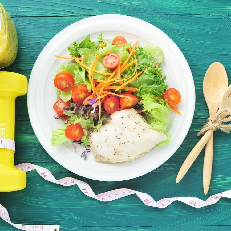 筋トレによるダイエット効果を後押しする食事の摂り方