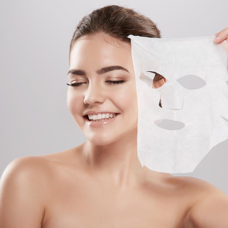 田中みな実さんが実践する「乳液仮面返し」って何?愛用のシートマスクもご紹介