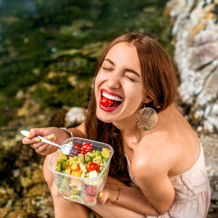 美肌の基本はターンオーバー!肌の新陳代謝を高める食べ物でエイジングケア