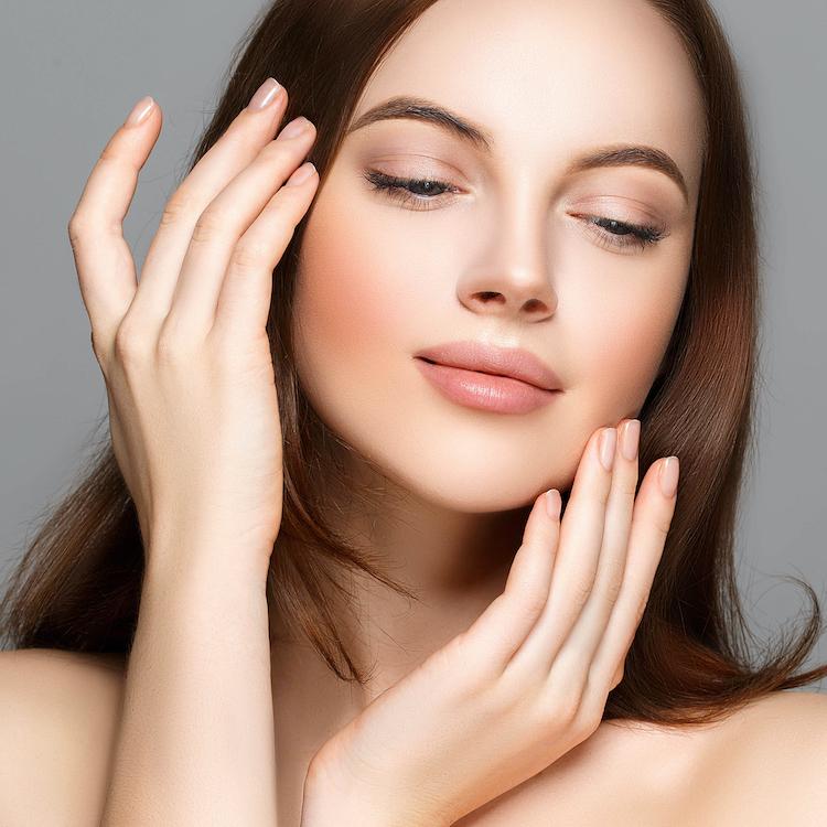 手の使い方を変えれば肌は確実に変わる【洗顔・化粧水】スキンケアの正しい手とは?