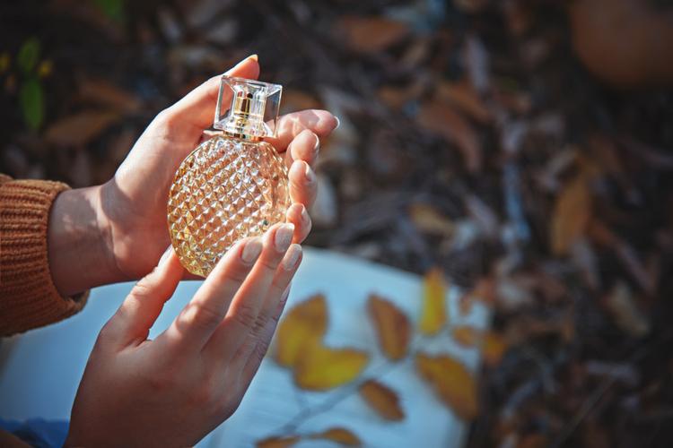 季節に合わせて香りを楽しむ