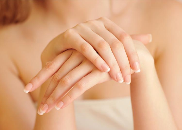 手が老化する原因