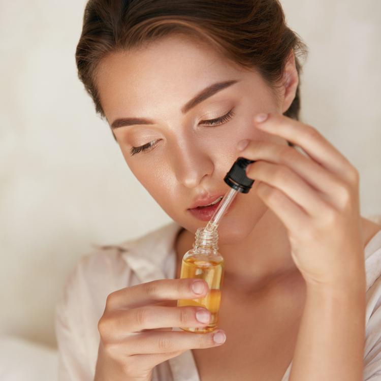 ブルーライトや花粉・マスク荒れには、アンチポリューション化粧水で肌をいたわる新習慣を
