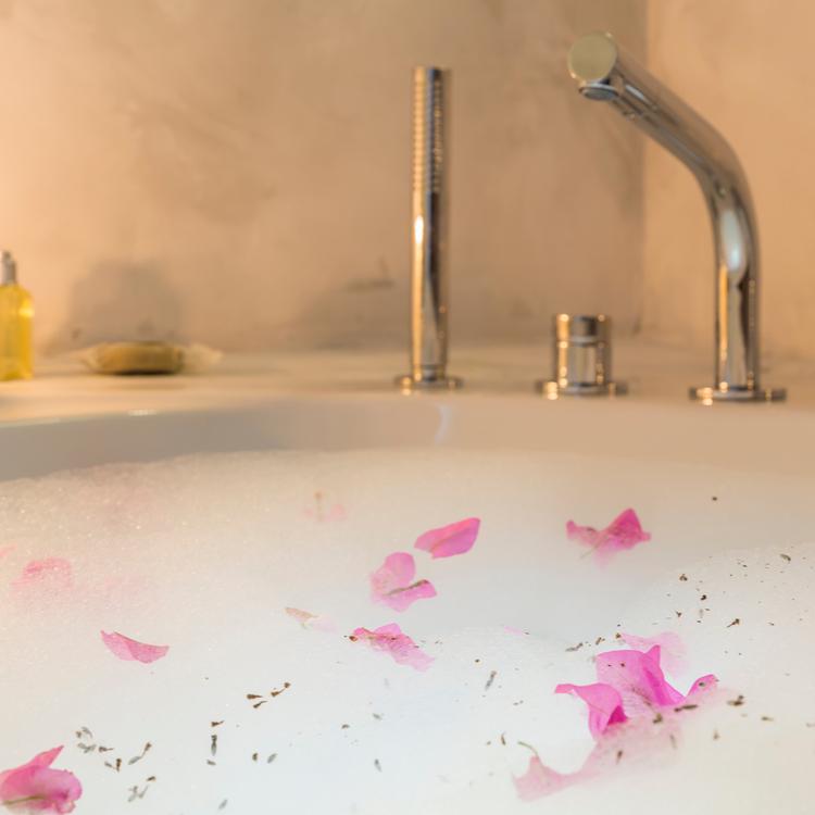 【ゆっくりバスタイムはいかが?】ラグジュアリーな入浴剤を紹介!