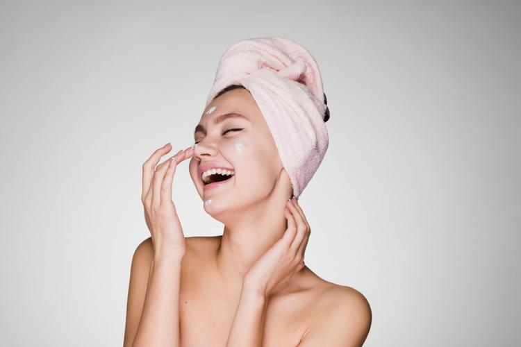 いつもの洗顔では取りきれない黒ずみ