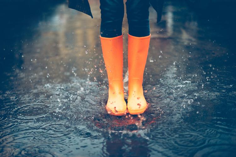 梅雨でもサラサラの髪でいたい
